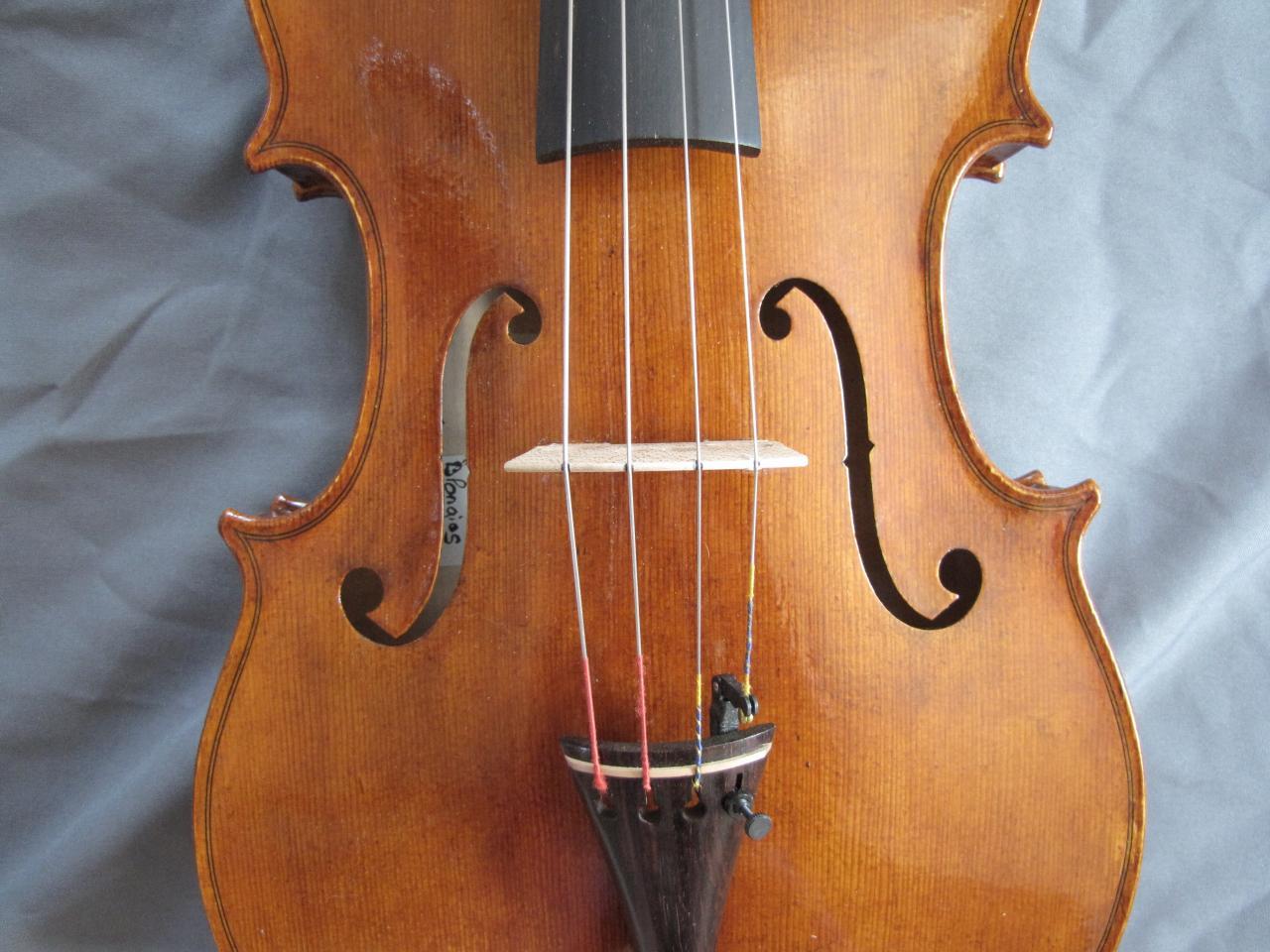 "violon ""Jacana"" table"